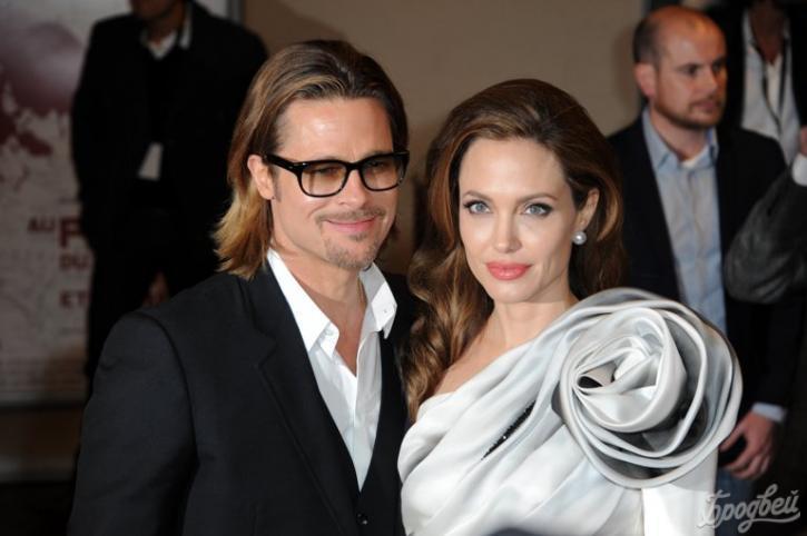 Анджелина Джоли спрятала детей вМалибу