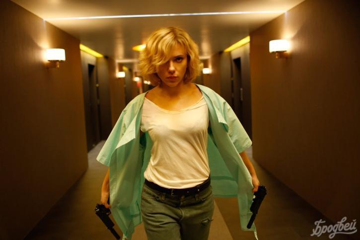 Люк Бессон написал сценарий для «Люси 2»