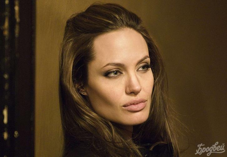 Анджелина Джоли призвала сражаться сповсеместным сексуальным насилием