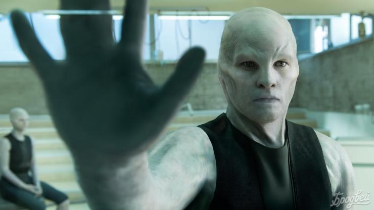 Netflix обнародовал трейлер фильма «Титан» про сверхчеловека иядерную войну